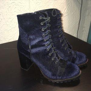 Dark blue velvet heeled boots
